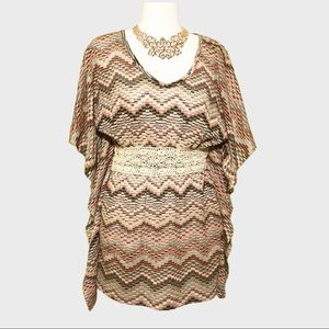 ROMEO & JULIET COUTURE tunic top Small
